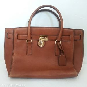 Michael Kors tan leather Hamilton purse